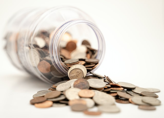 Can I withdraw money from a Roth IRA without penalty?